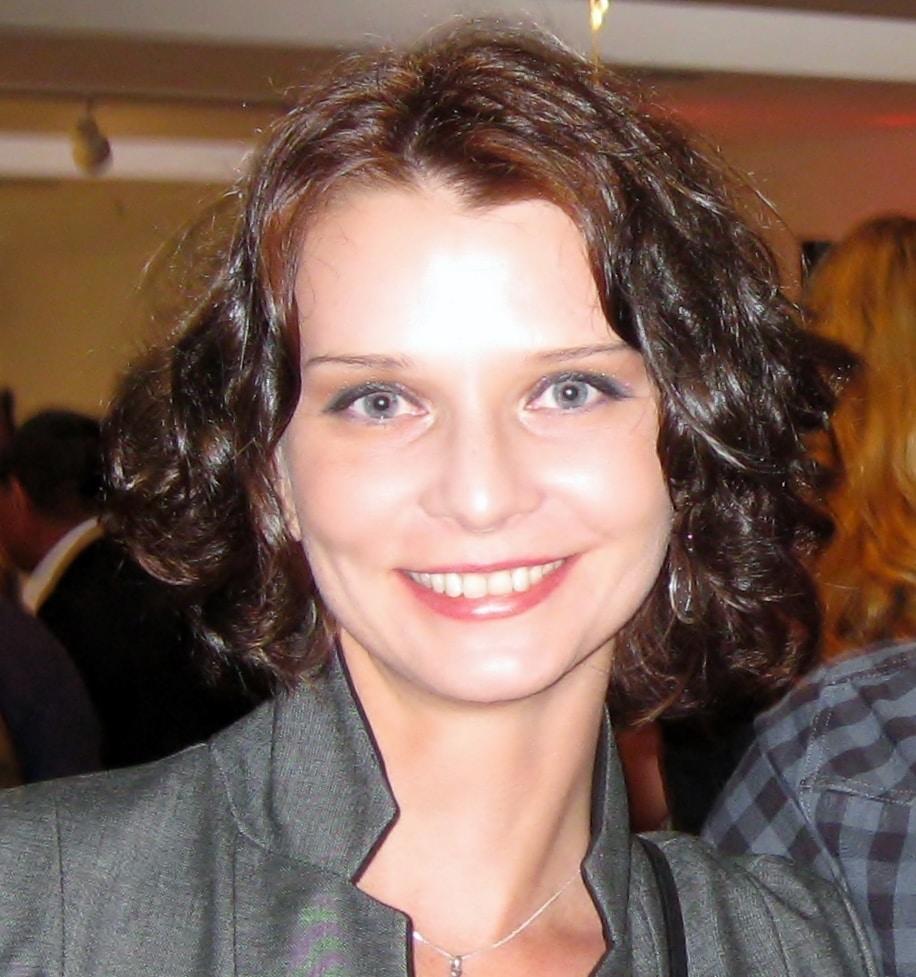 Go to Elena Cordery's profile