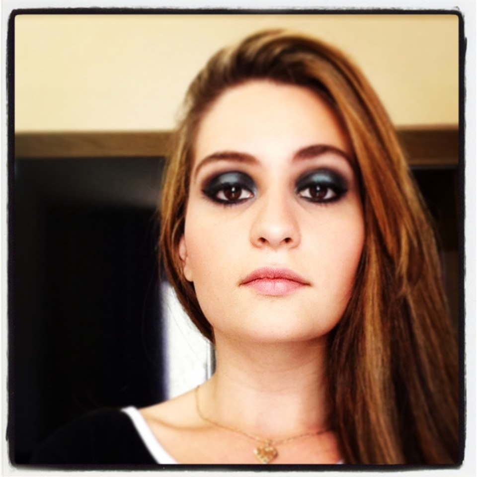 Avatar of user Isabella Alves