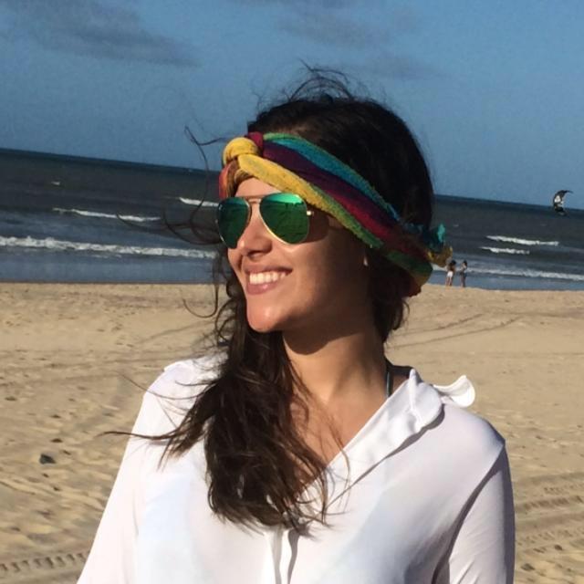 Go to Flávia Chiari's profile