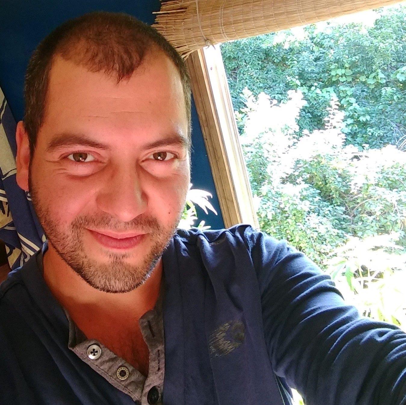 Go to Pablo Andrés Sandoval Fuenzalida's profile