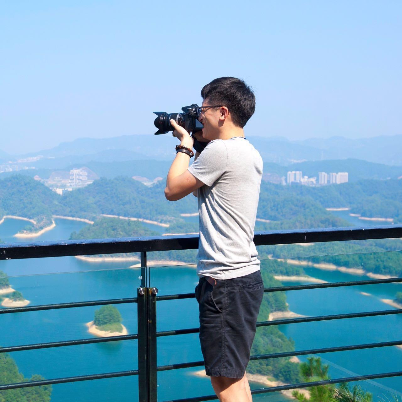 Go to liu qiaojun's profile