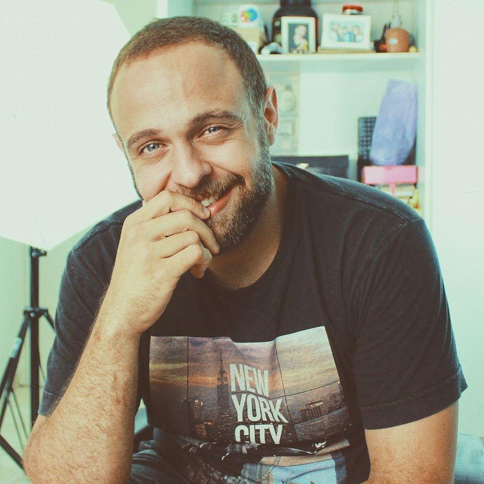 Go to Victor Freitas's profile