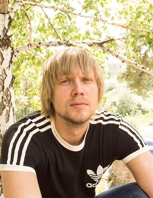 Go to Artem Kobzev's profile