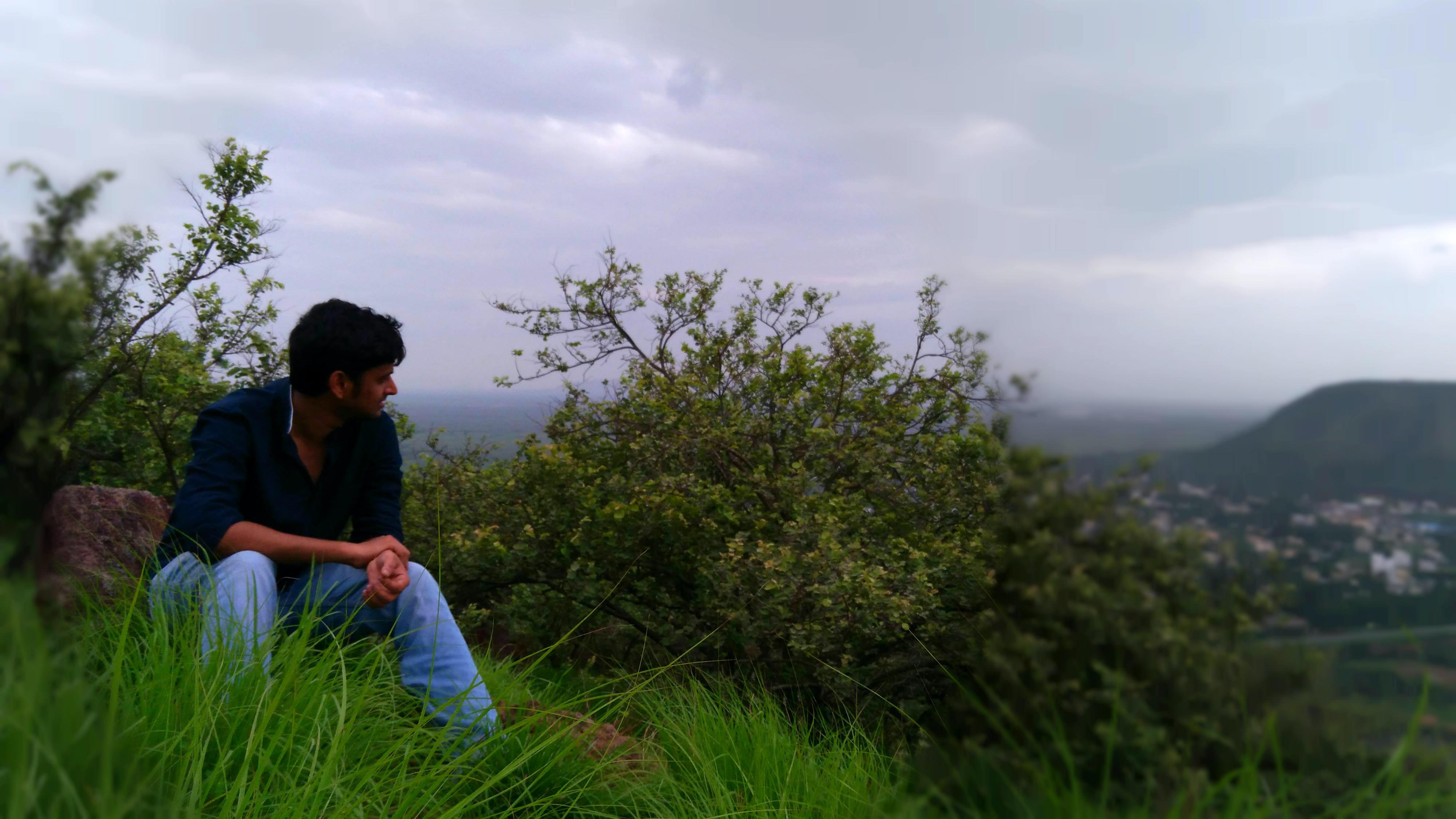 Go to eswar pandiripalli's profile