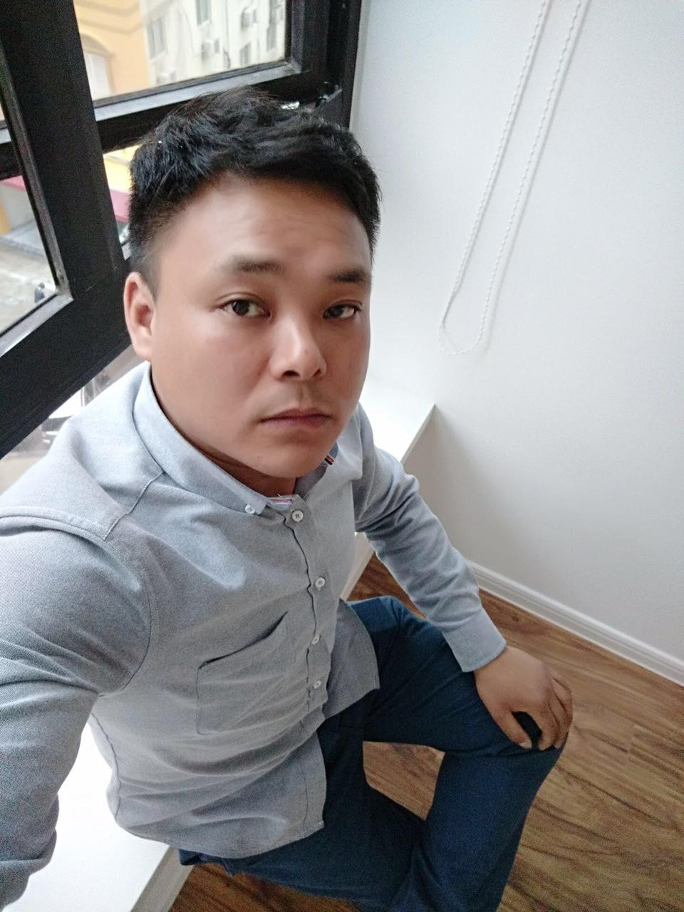 Go to Bruce  Hong's profile
