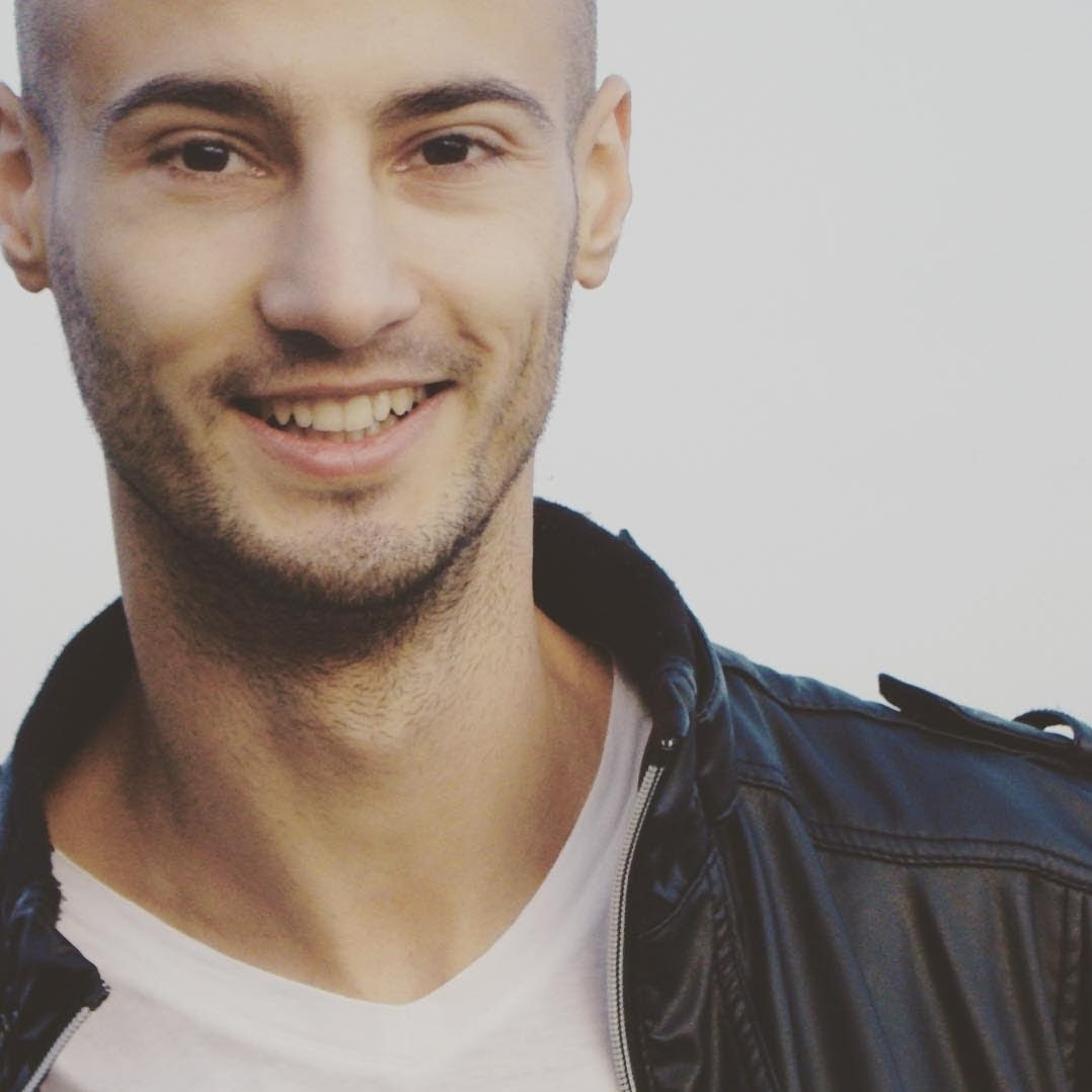 Avatar of user Lucian Andrei