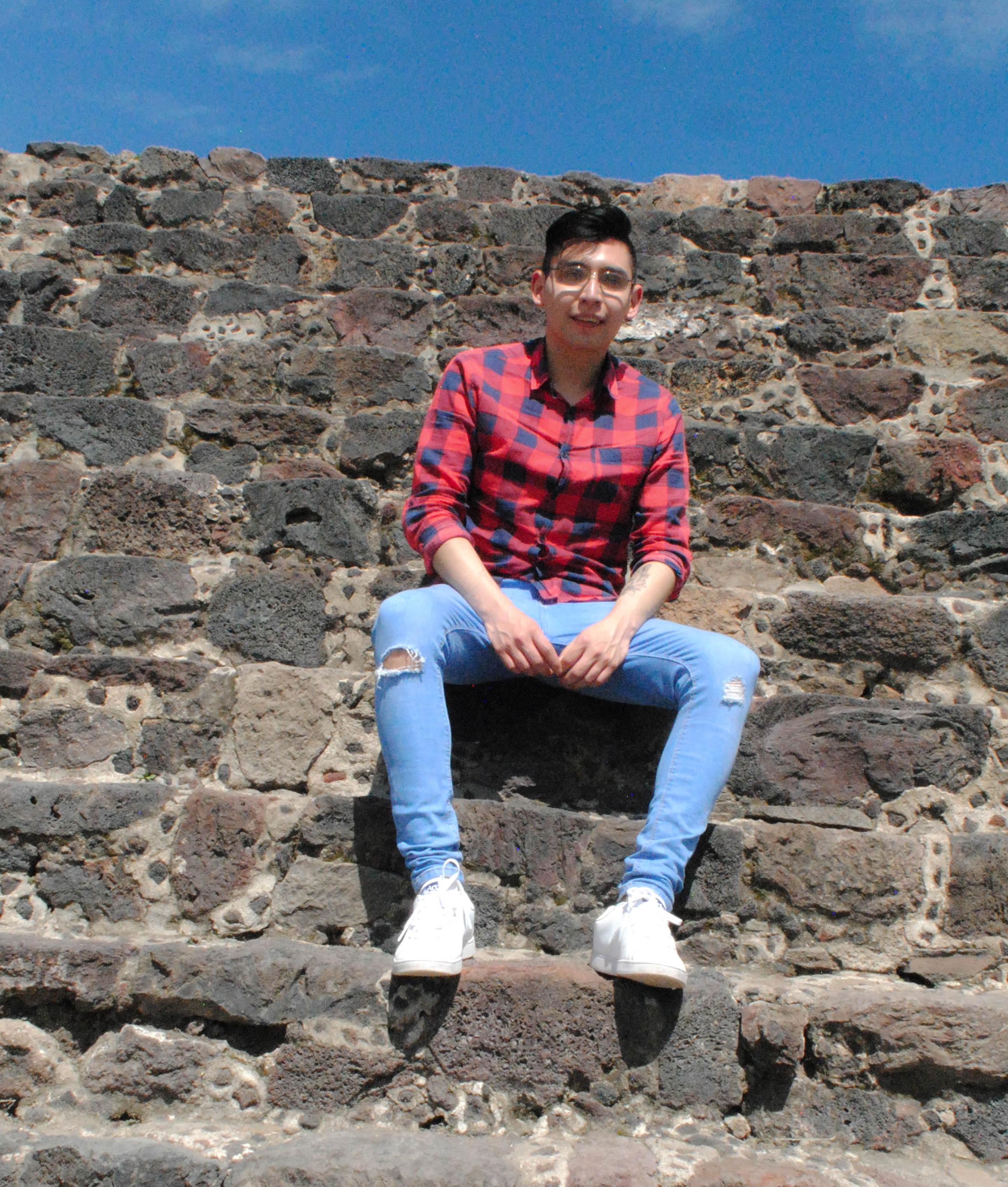Go to Edu Fernández's profile