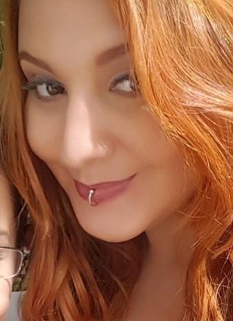Go to Débora Rousse's profile