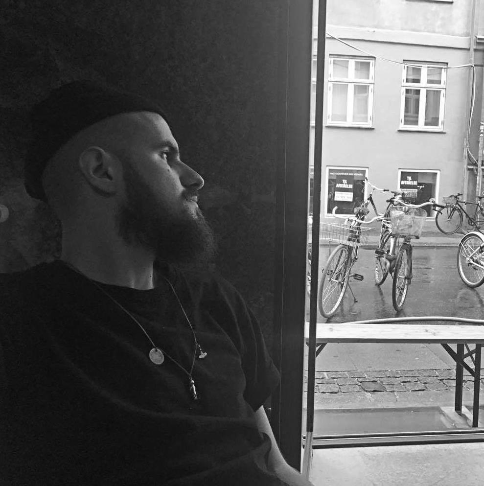 Go to Tomasz Pawluk's profile