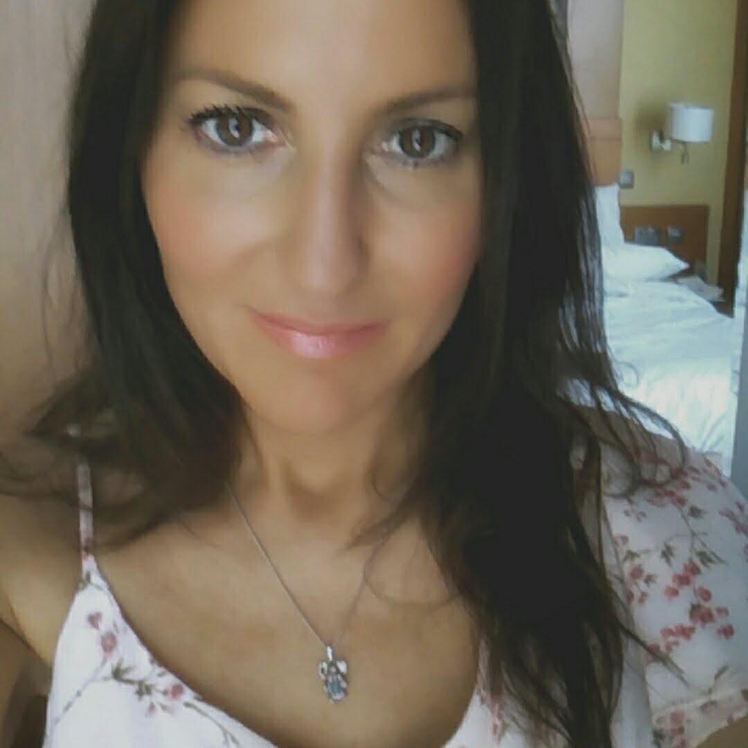 Go to Angie Perez B's profile