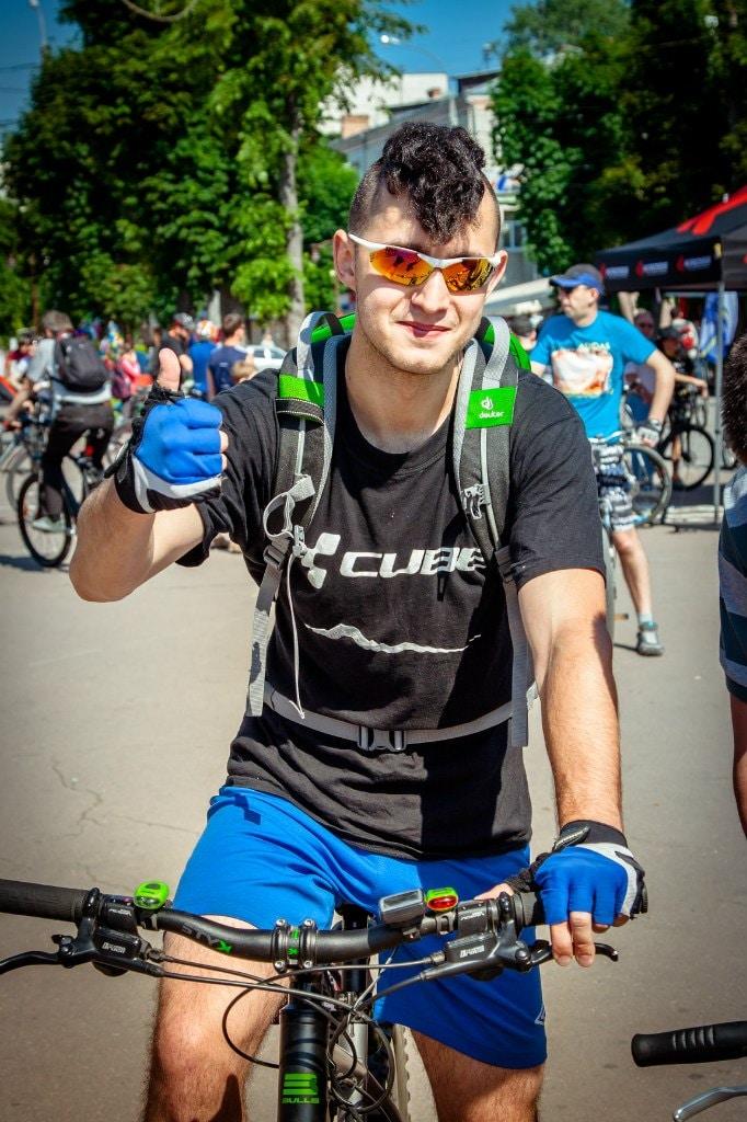 Go to Artem Kniaz's profile