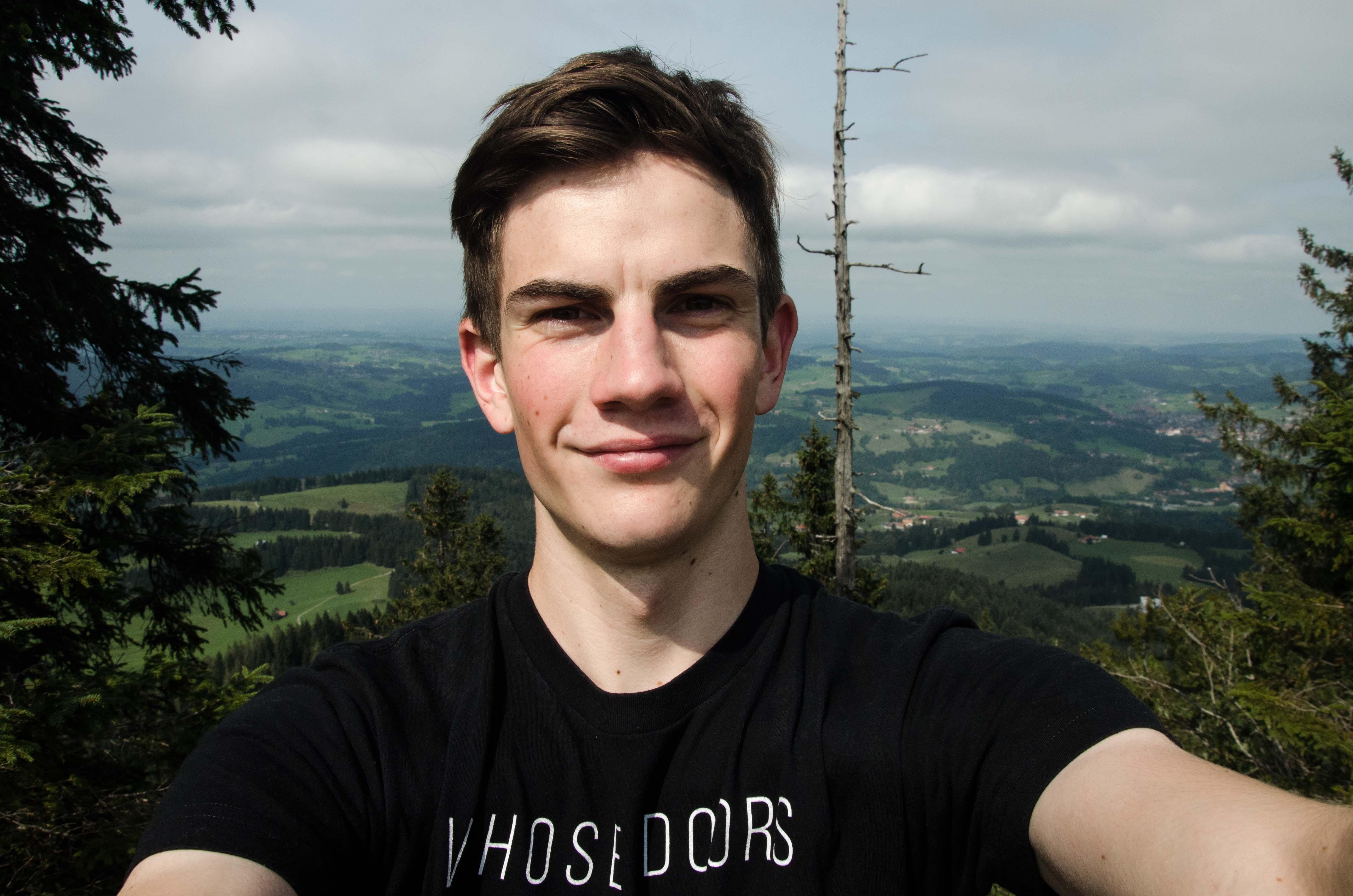 Go to Alexander Ebhart's profile
