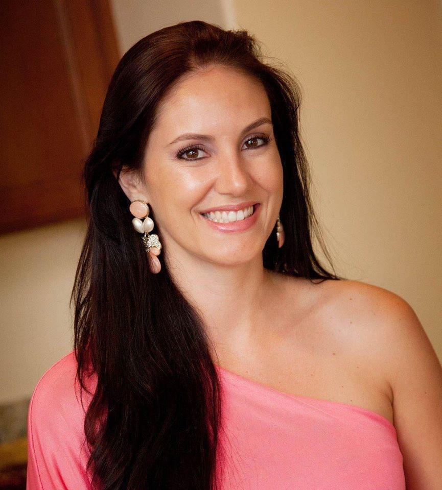 Go to Daniela Goulart's profile