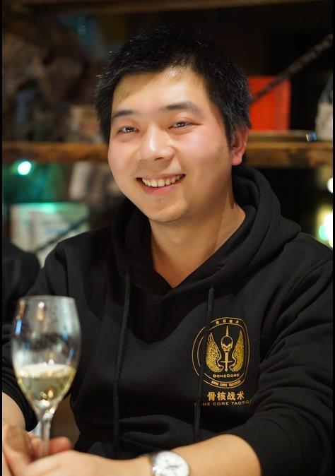 Go to li xiang's profile