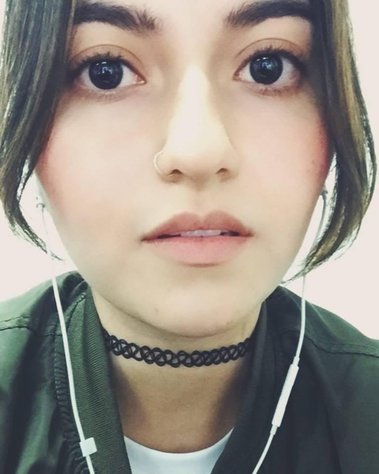 Go to Laura Marín's profile