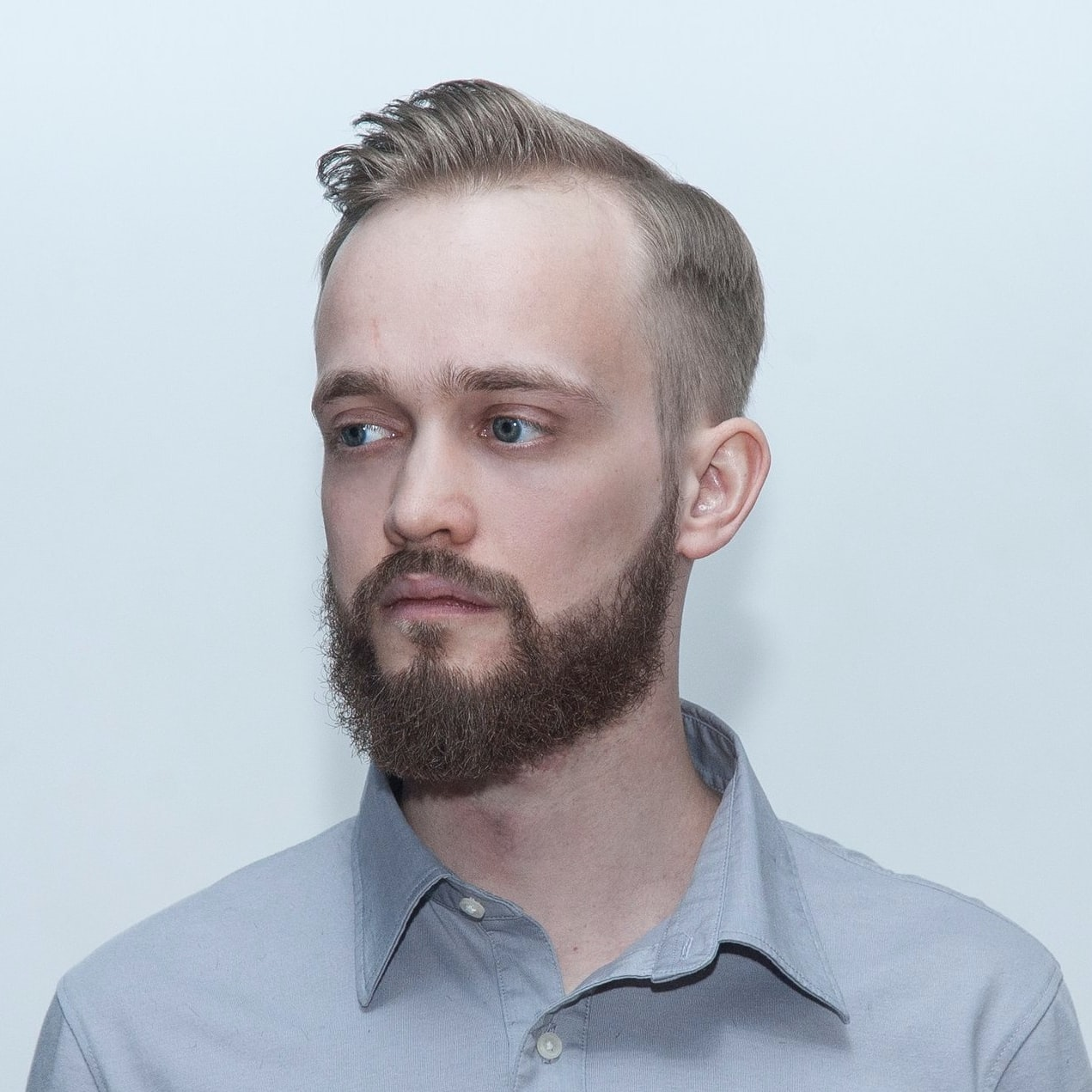 Go to Viktor Ostrovsky's profile
