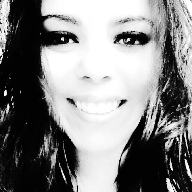 Go to Aline Oliveira's profile