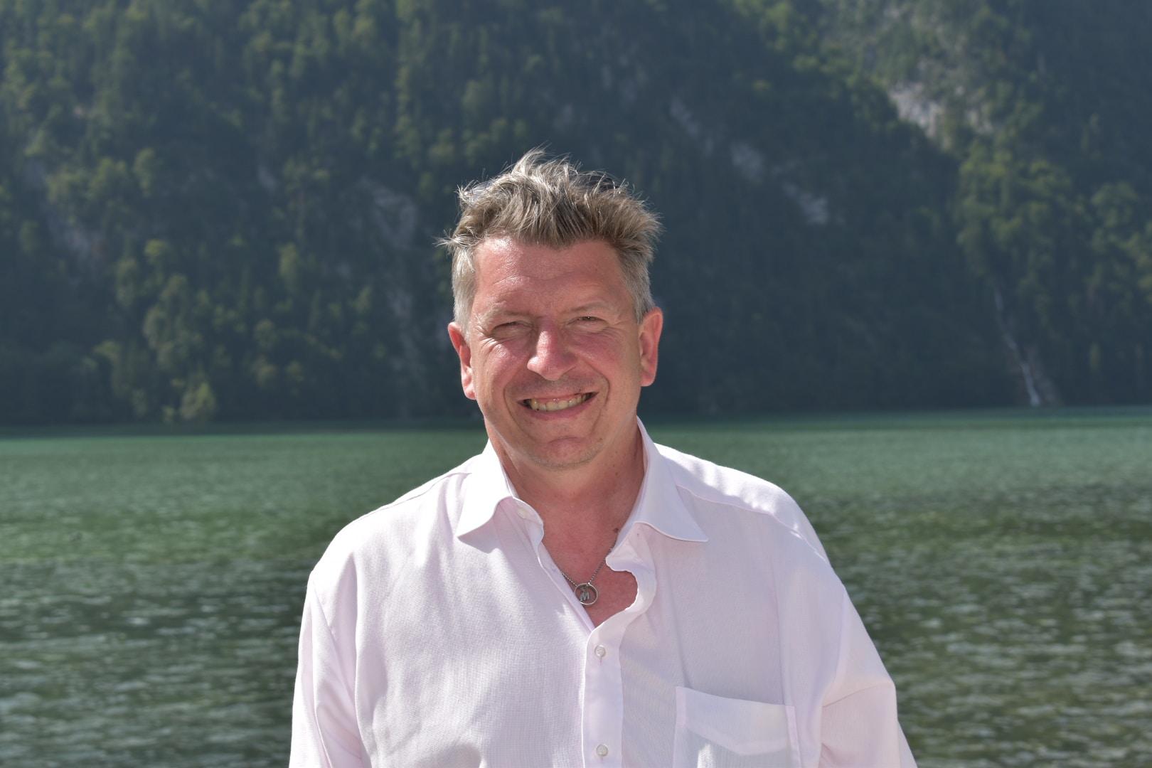 Go to Waldemar Brandt's profile