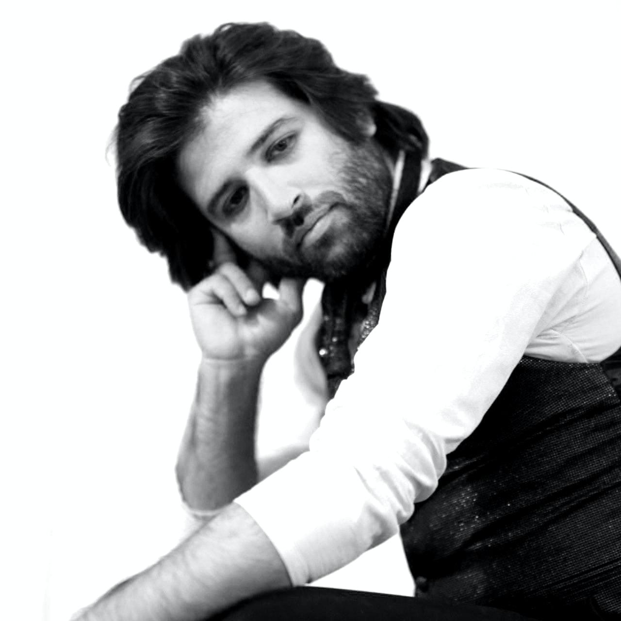 Go to Amin Hayati امین حیاتی's profile
