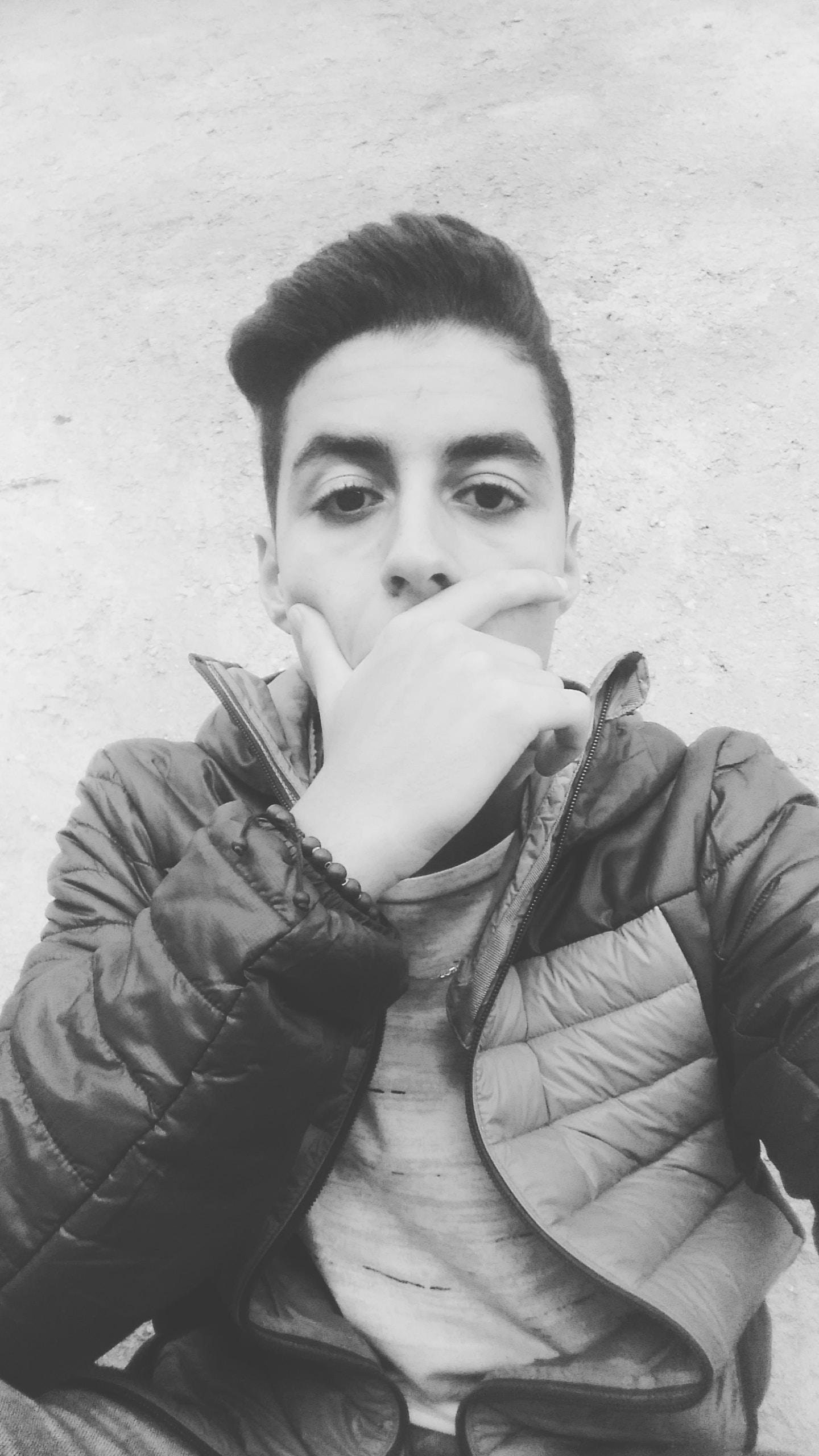 Go to hamada azzouzi's profile