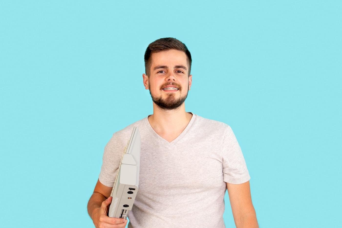 Avatar of user 🧔 Michal Kmeť