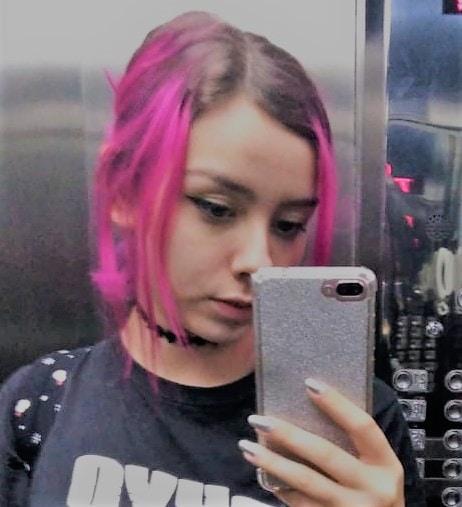 Go to Verônica Matias's profile