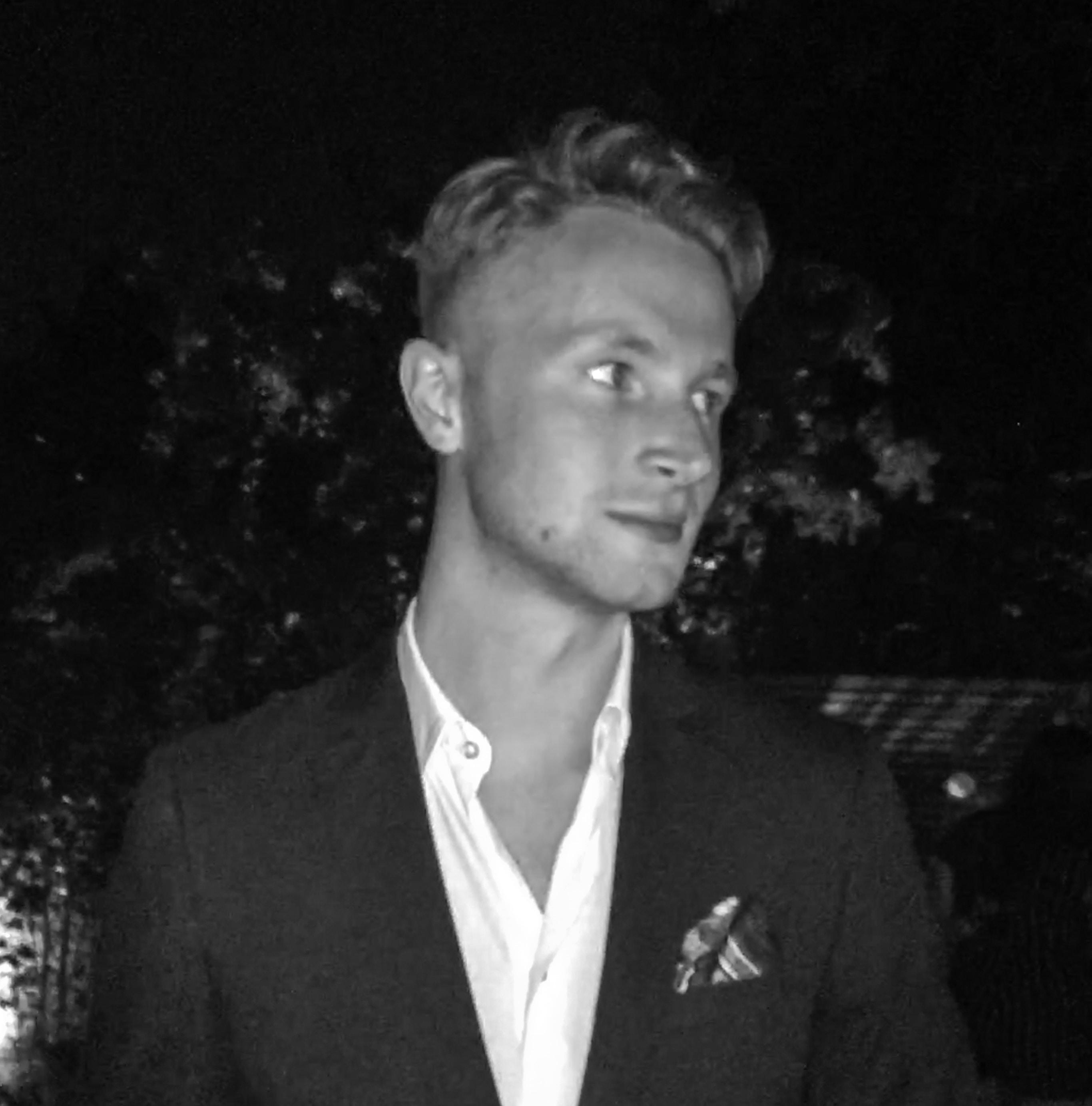 Go to Tomas Yates's profile