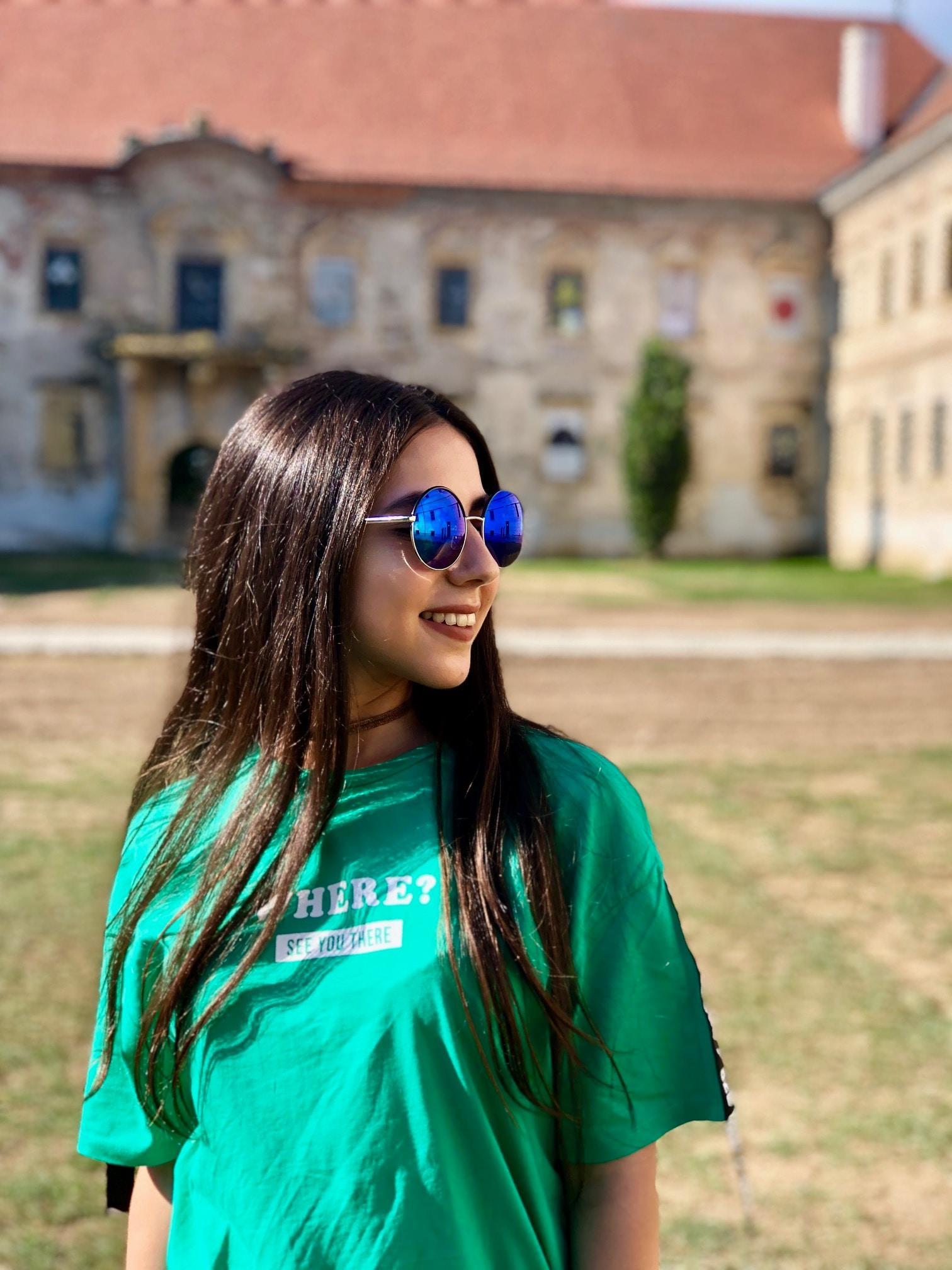 Go to Alessandra Onisor's profile