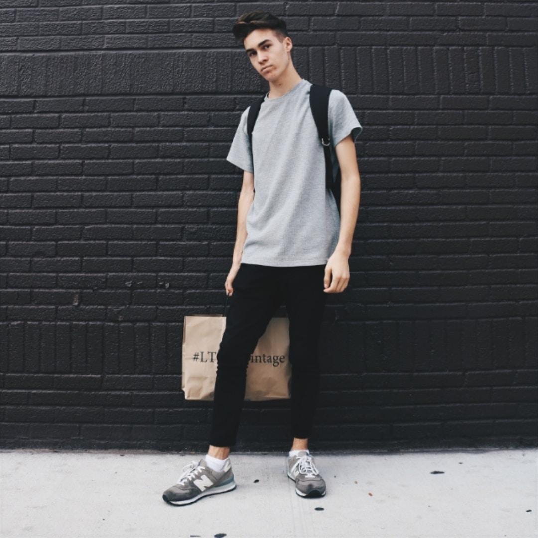 Go to Daniel Koponyas's profile