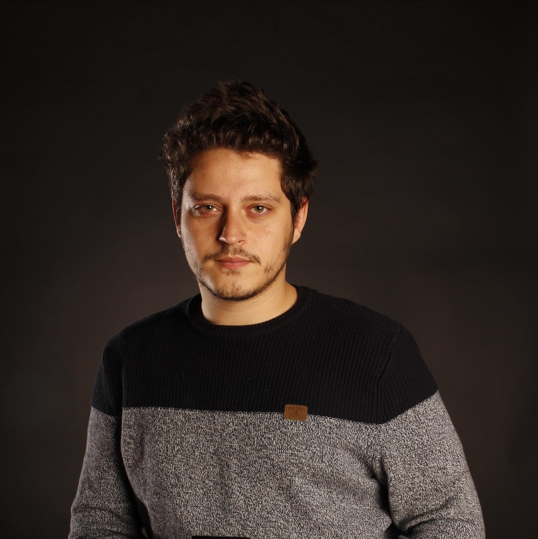 Go to Rafael León Simón's profile