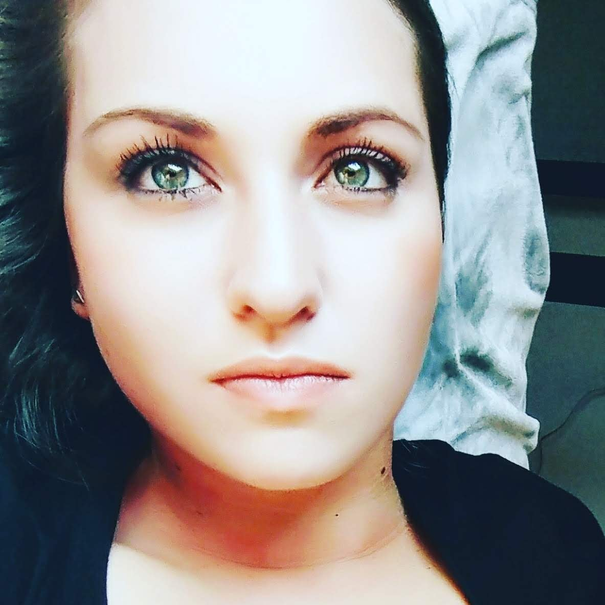 Go to Nadine Ferreira's profile