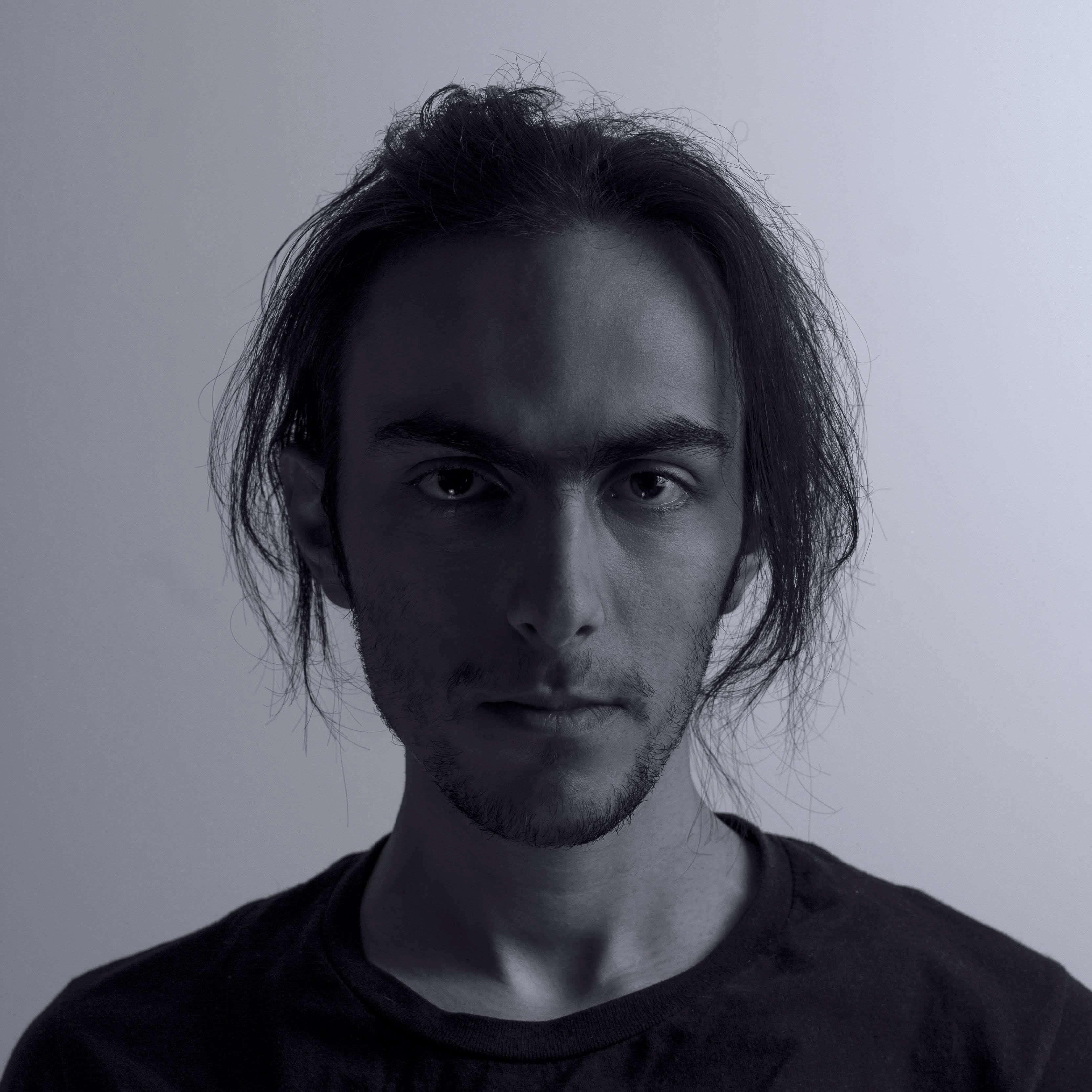 Go to İhsan Işık's profile