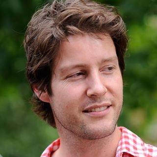Go to Coen van den Broek's profile