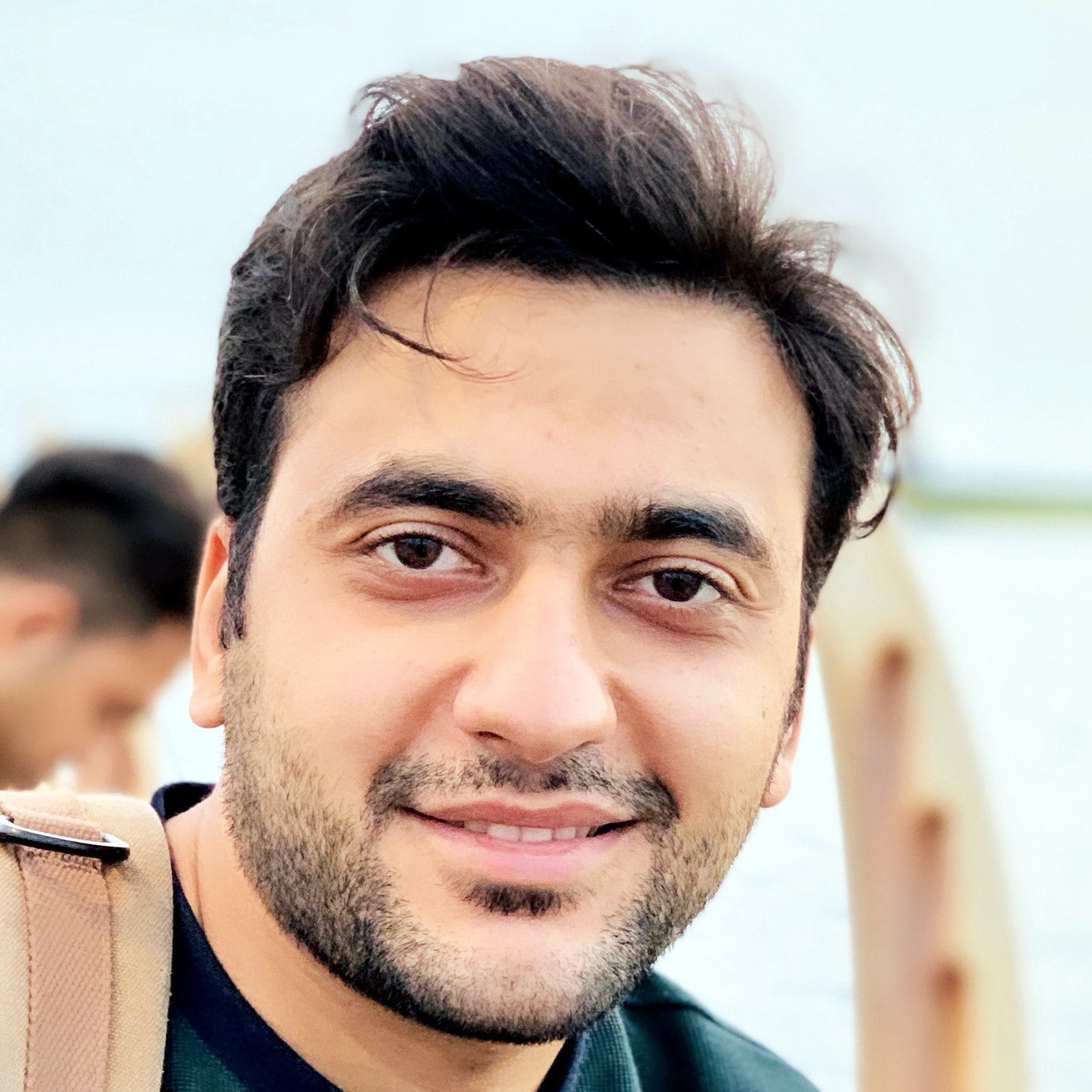 Go to Abbas Malek Hosseini's profile