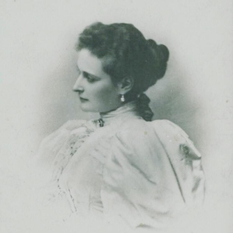 Go to Elthea Macmillan's profile