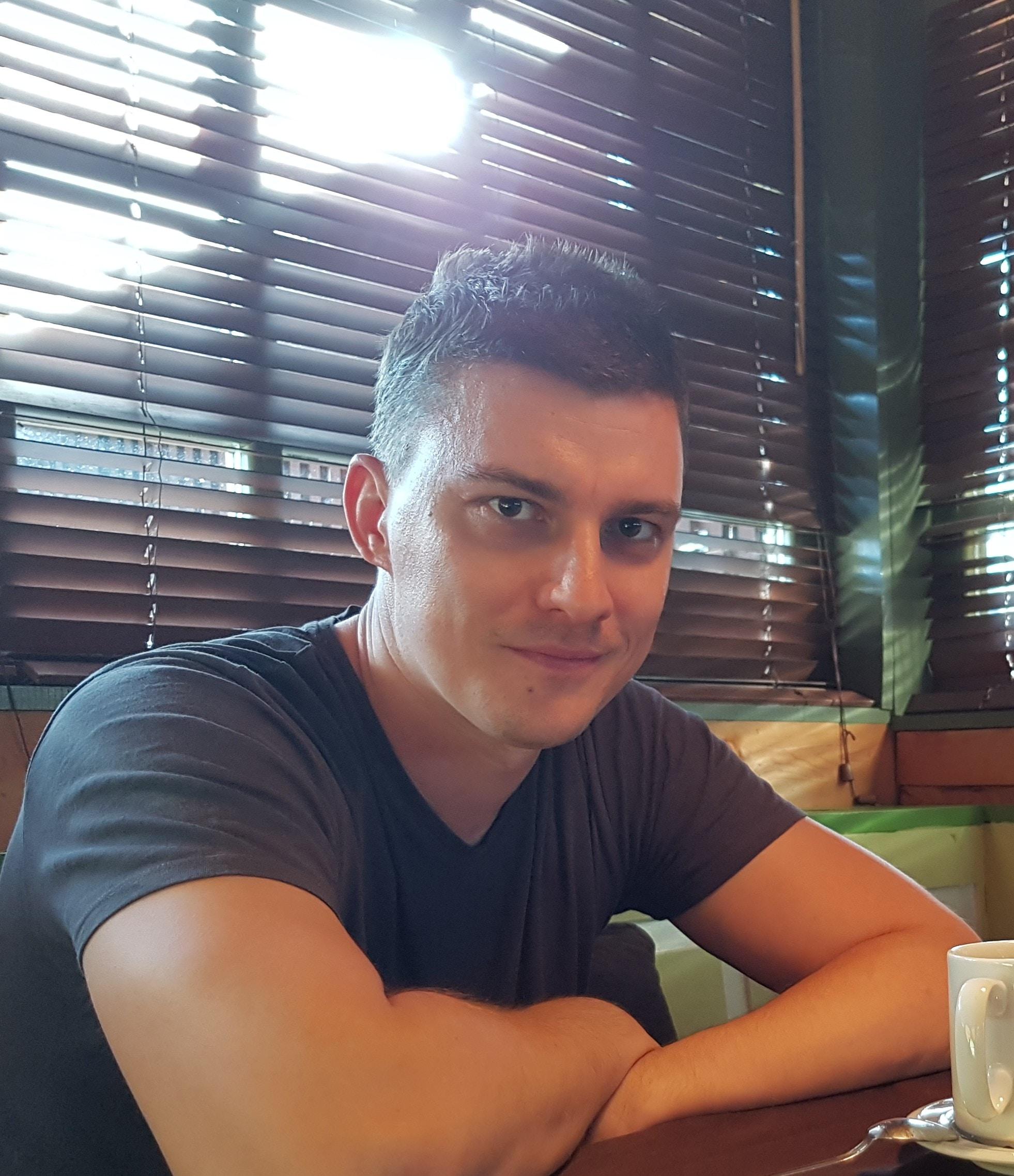 Go to Dušan Davidov's profile