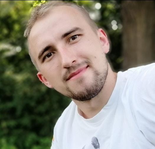 Go to Kamil Książek's profile