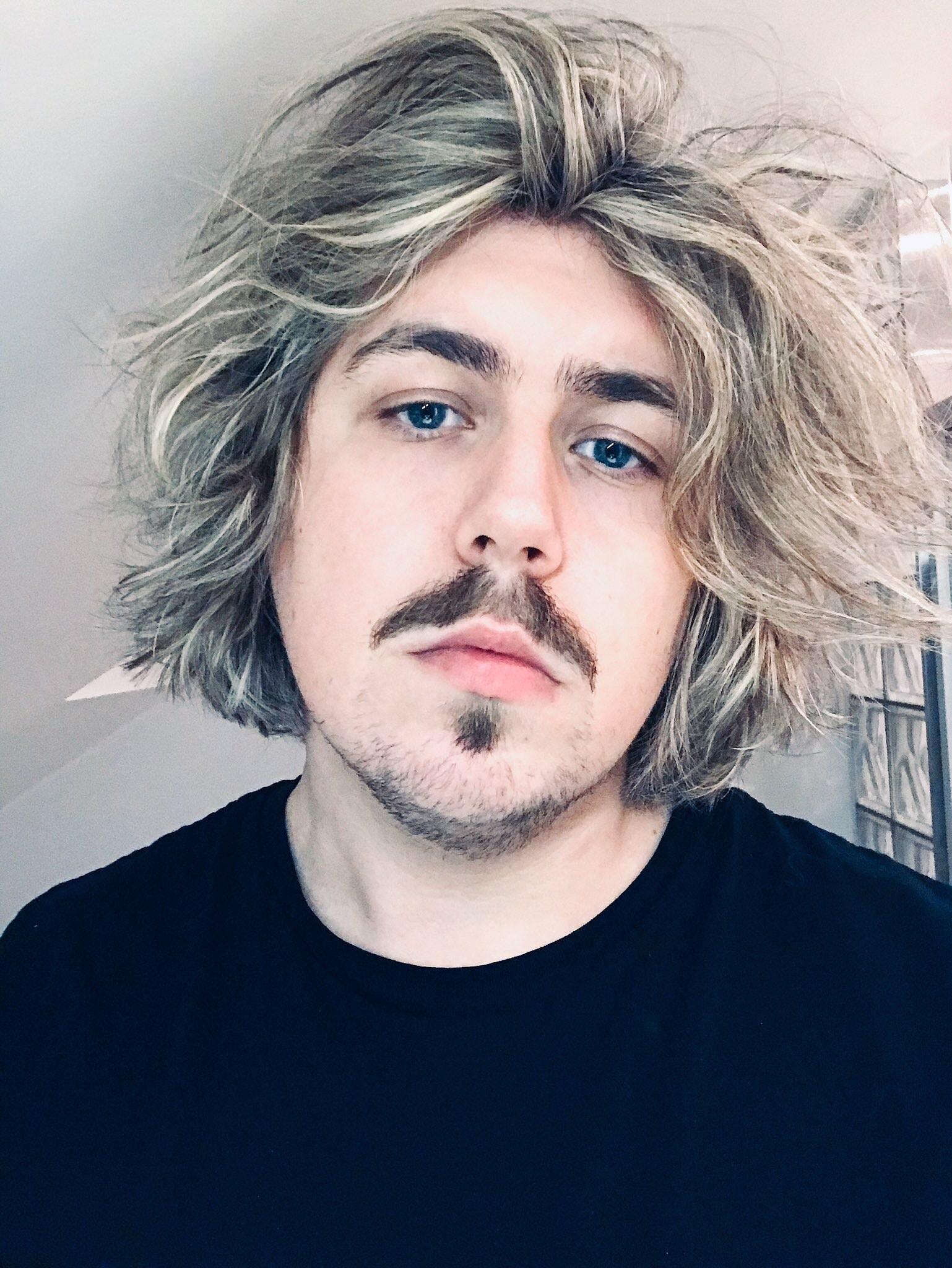 Avatar of user Henrik Dønnestad