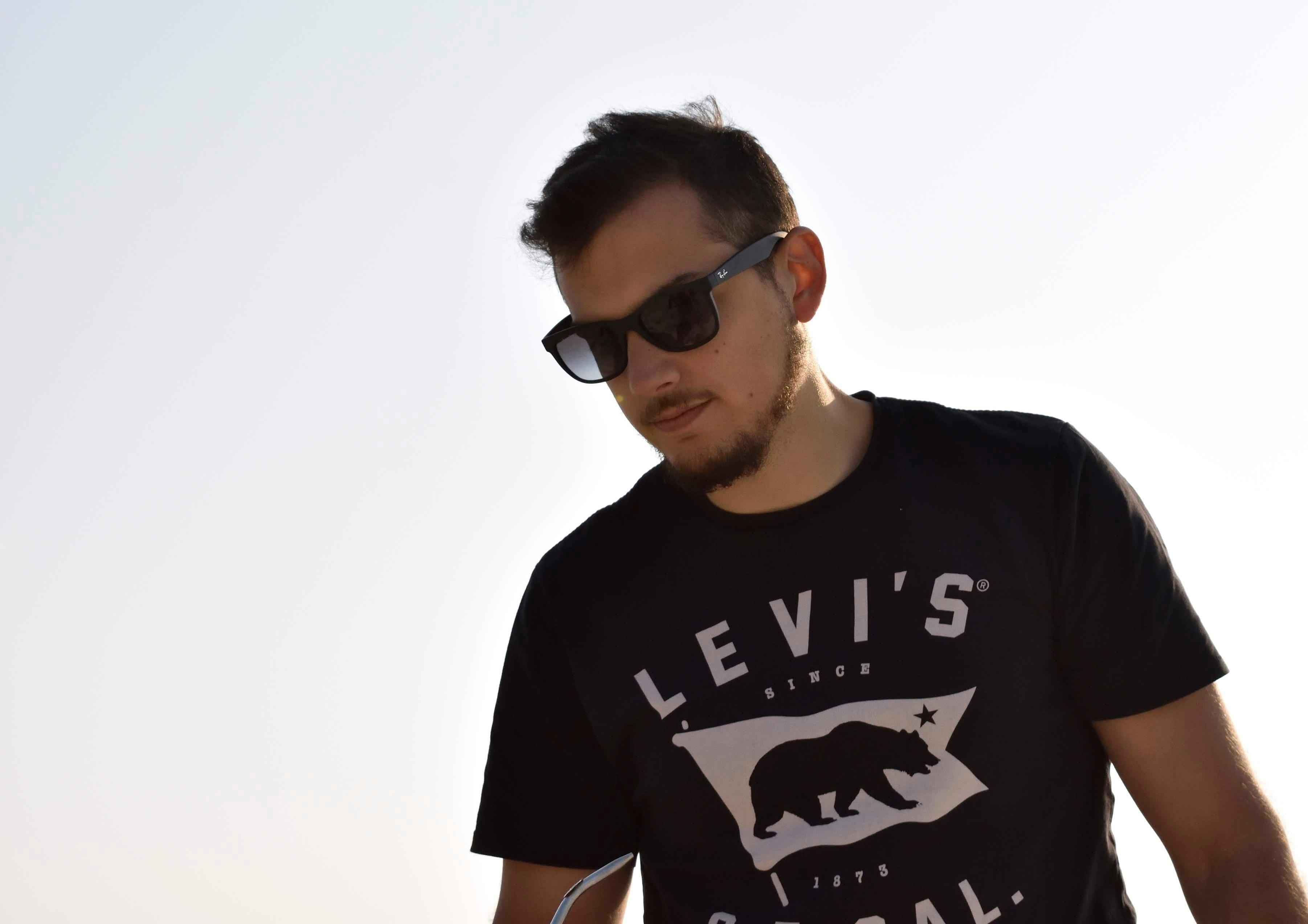 Go to Mario Mesaglio's profile