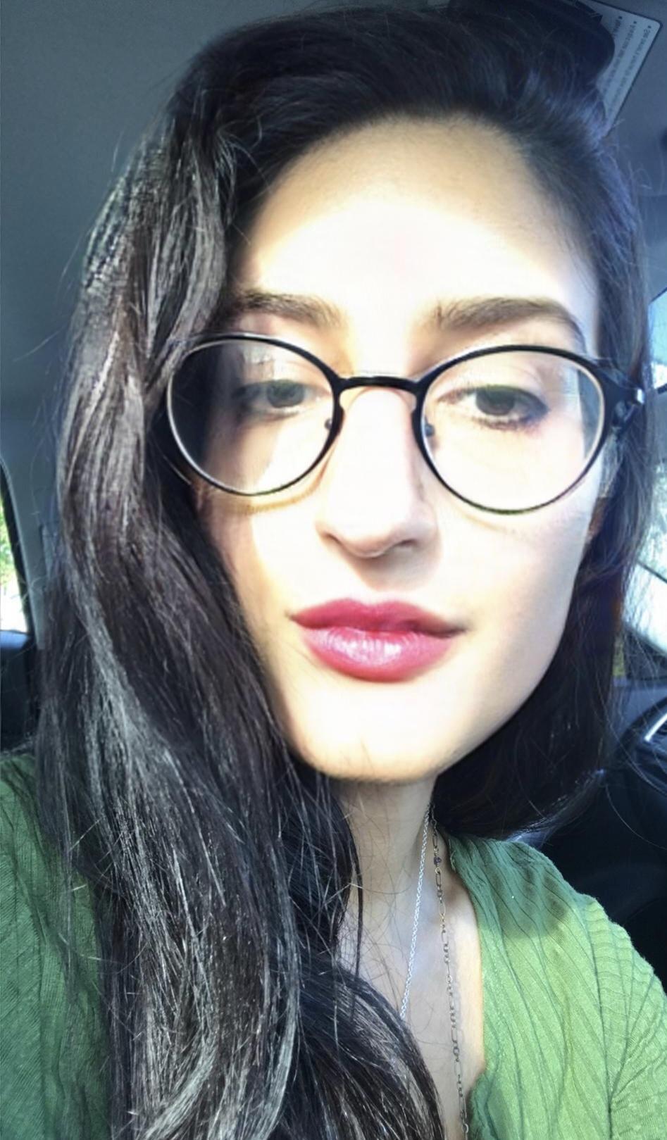 Go to Melissa Van Gogh's profile