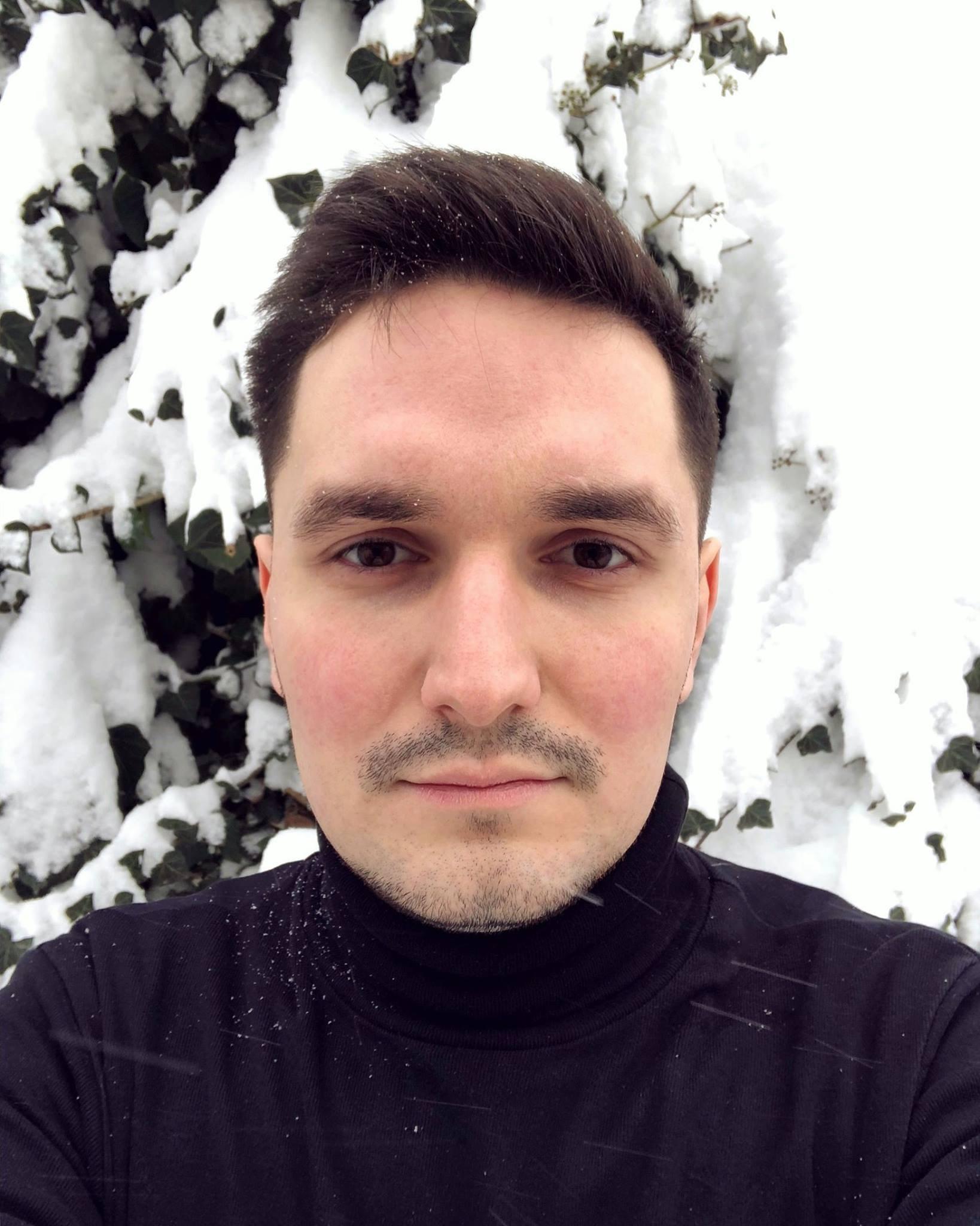 Go to Alexandru Zdrobău's profile