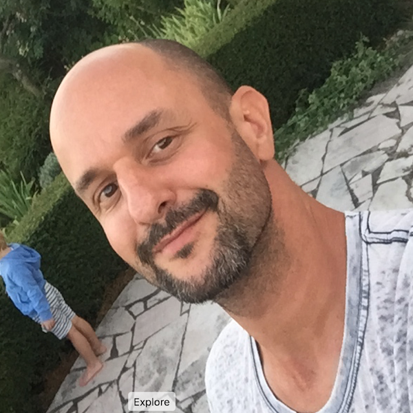 Go to Daniel Vivarelli's profile