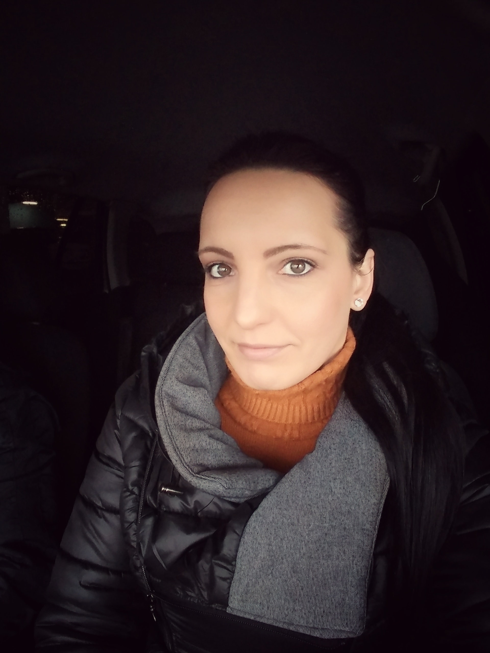 Go to Isabella Christina's profile
