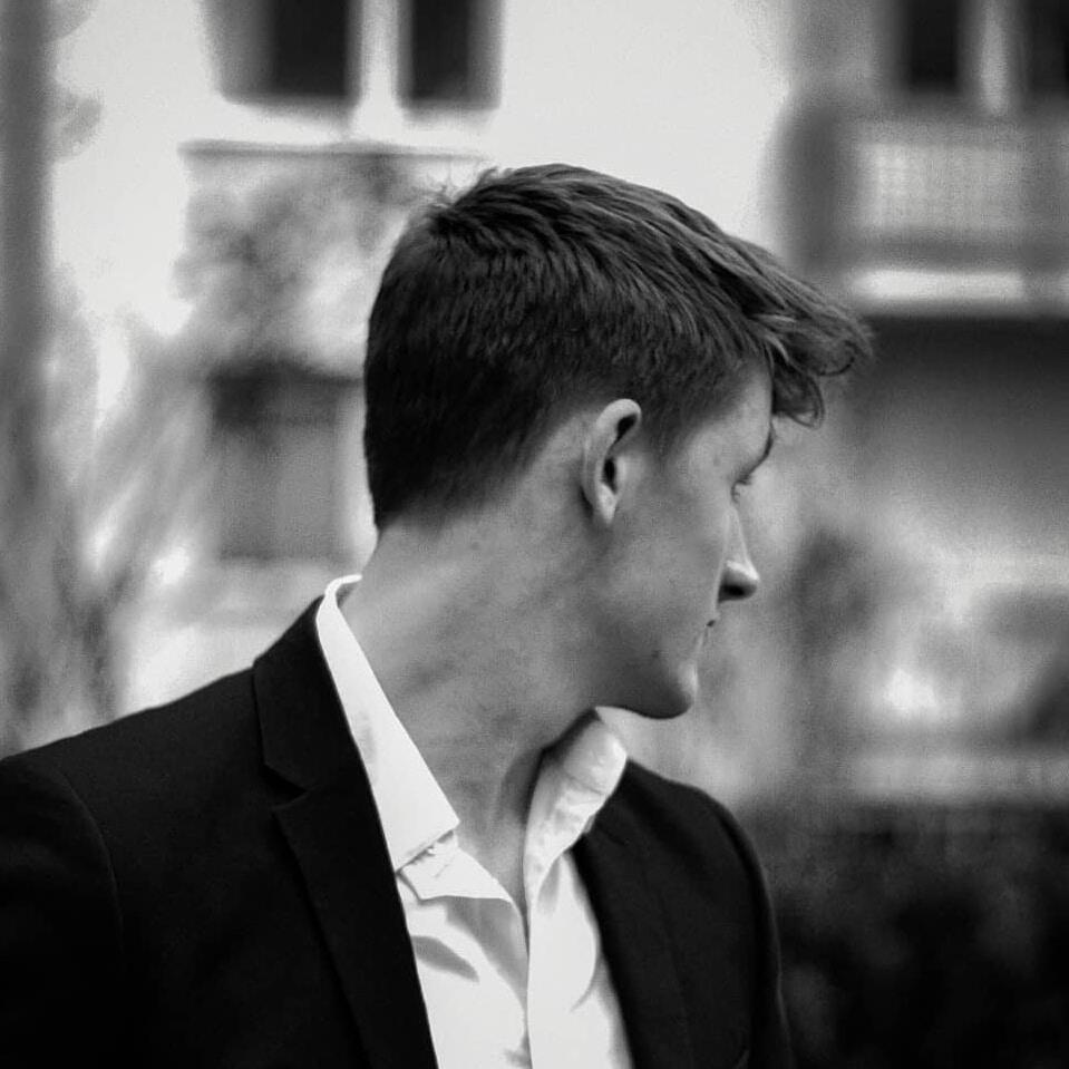 Go to Leon Bublitz's profile
