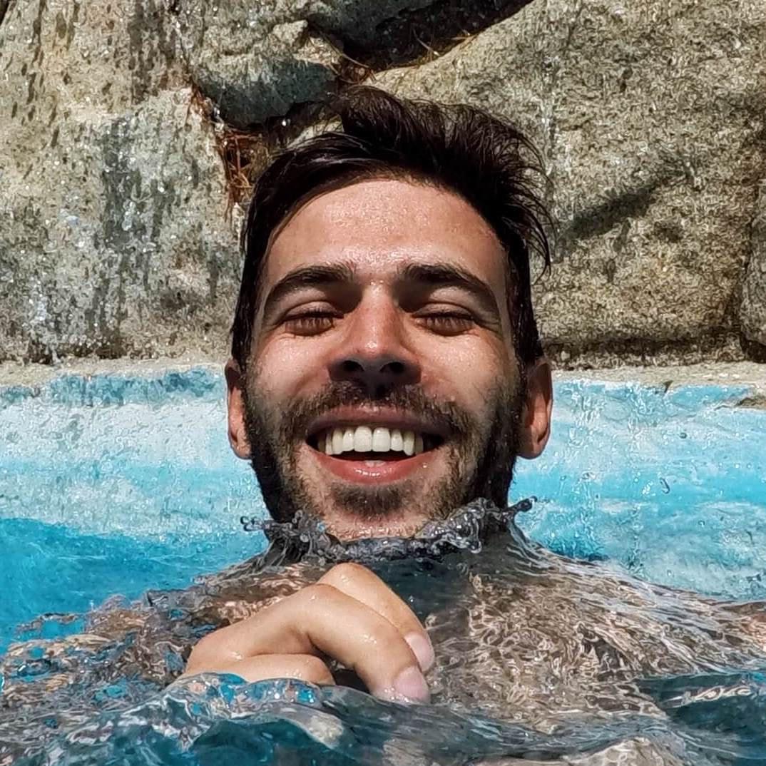 Go to Célio Pires's profile