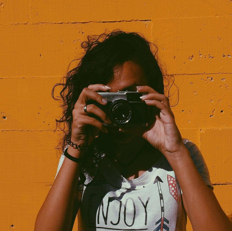 Go to Laura Andreuccetti's profile