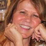 Avatar of user Luiza Braun