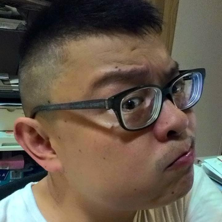 Go to 鮮花 李's profile