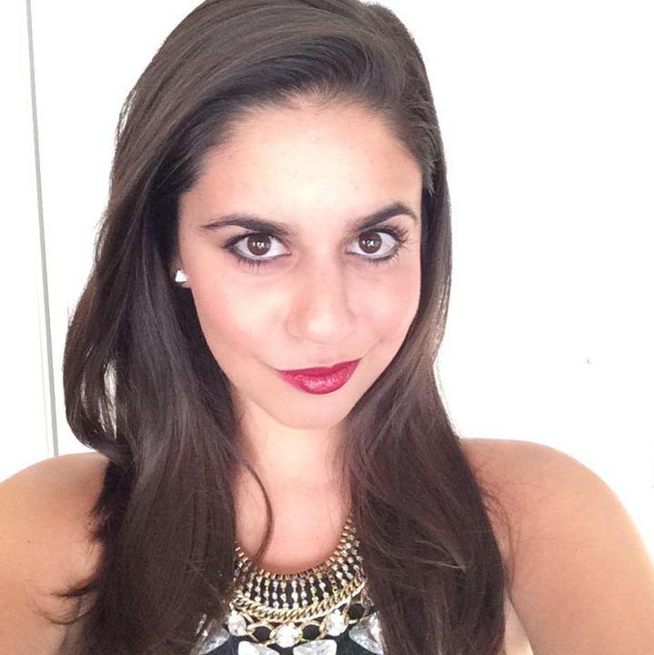 Go to Arielle Deltoro's profile