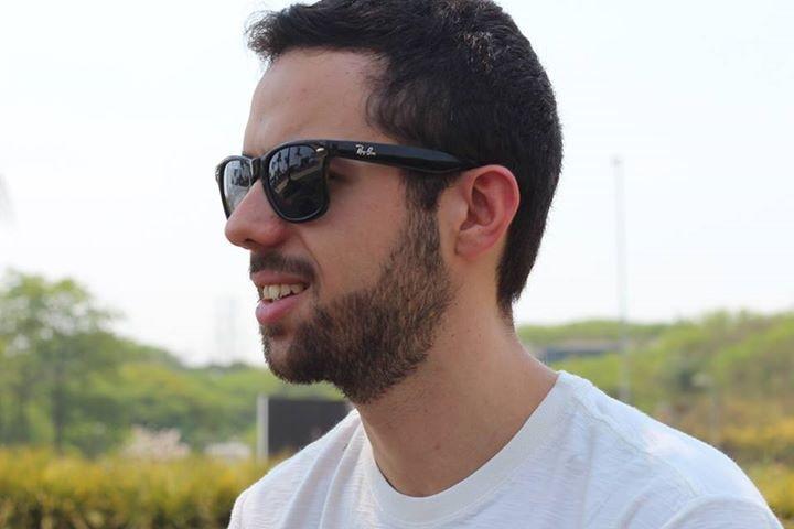 Go to Alessandro Di Credico's profile
